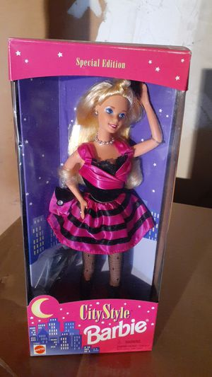 CITY STYLE BARBIE..NRFB for Sale in Pompano Beach, FL