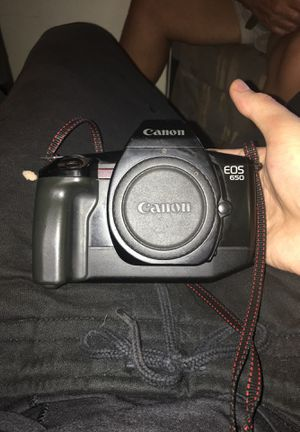 Canon eos 650 35 mm film for Sale in Saint Petersburg, FL