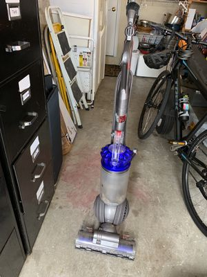 Dyson vacuum for Sale in Pompano Beach, FL