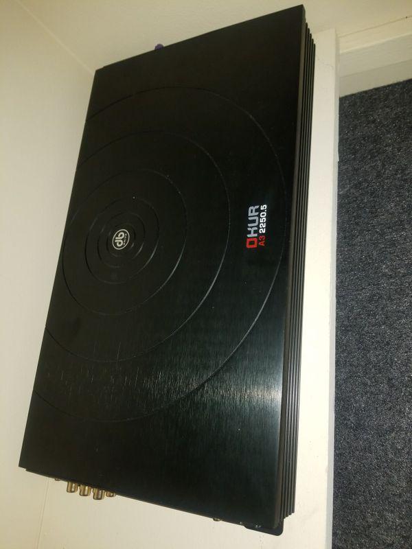 5 Channel Stereo Amplifier / 2250 Watts