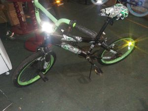 "18"" boys bmx bike for Sale in WARRENSVL HTS, OH"
