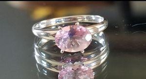 Stunning 14K white gold 1.0CT genuine light pink topaz ring size 6 for Sale in Lake Stevens, WA