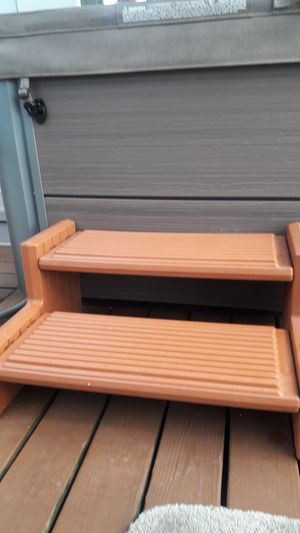 Heavy duty plastic steps for hot tub for Sale in Palm Harbor, FL
