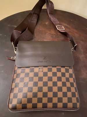 Checkered bag for Sale in Duluth, GA