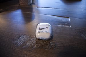 Nike Shock Proof Case for Sale in Scranton, PA