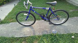 24in Boy's Magna Night vision mountain bike for Sale in Atlanta, GA