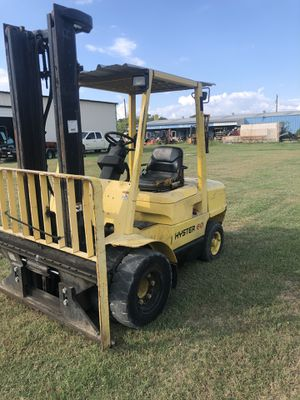 Hyster 6000lbs dual tire diesel forklift low low hours! for Sale in Combine, TX