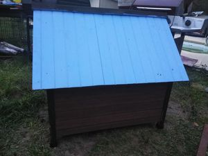 Dog house for mid sized dog for Sale in Orlando, FL
