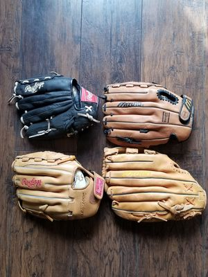 4 softball baseball gloves for Sale in Los Angeles, CA