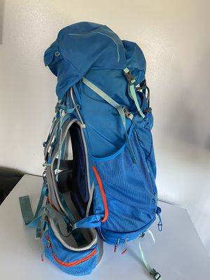 REI women's lightweight Flash 58 with hydration pack large size hiking backpack for Sale in Everett, WA