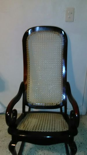 Antique furniture chair for Sale in Miami, FL