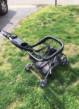 Baby trend stroller for Sale in Hyattsville, MD