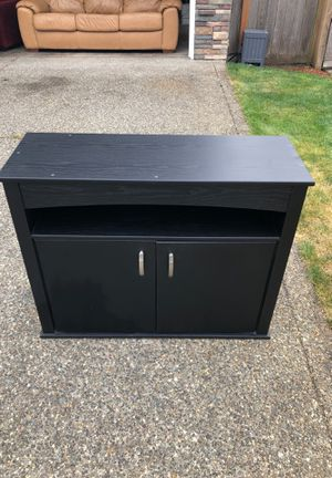 Entertainment or fish tank cabinet for Sale in Maple Valley, WA