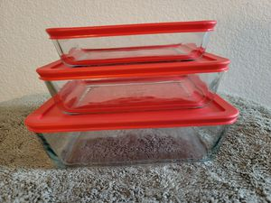 Glass casserole storage set for Sale in Las Vegas, NV