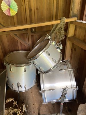 Drum set misc pieces... for Sale in Gig Harbor, WA