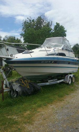 Boat Bayliner for Sale in Cleveland, OH
