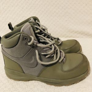 Nike Manoa AJ1280-003 Green Boots Kids for Sale in West Haven, CT