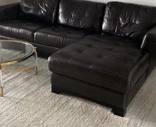 Sofa Sectional With Chase for Sale in Orlando,  FL