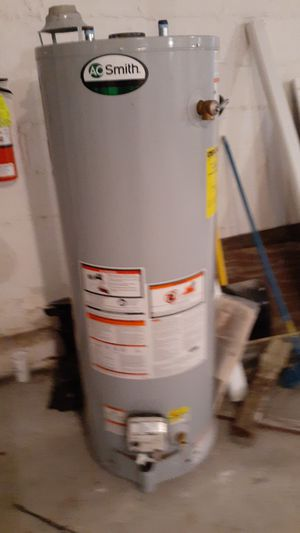Hot water heater for Sale in New Rochelle, NY
