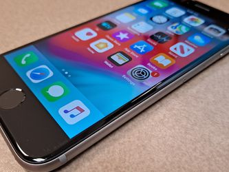 Iphone 6 UNLOCKED! For any network-Never Opened Or Never Am Isued for Sale in Hillsboro,  OR