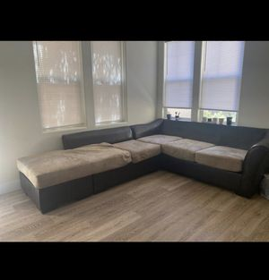 Couch/Sectional for Sale in Sacramento, CA