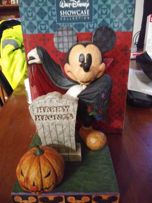Disney showcase collectible mickey happy halloween for Sale in Goodlettsville, TN