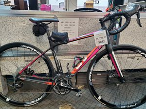 Gaint liv avail road bike for Sale in Lakewood, CO