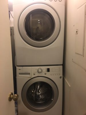 LG washer and dryer good condition for Sale in Burtonsville, MD