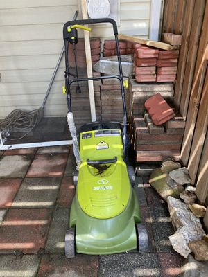 Sunjoe lawn mower for Sale in Herndon, VA
