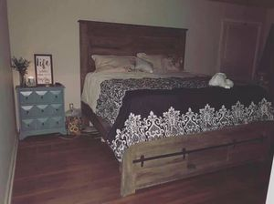 Farmhouse bed, 2 twin box springs, and mattress. for Sale in Paragould, AR
