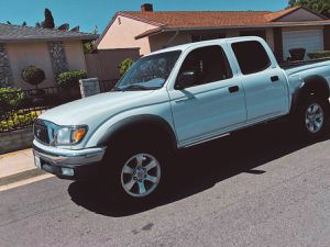 Toyota tacoma 2003 Electrical options for Sale in Stockton, CA