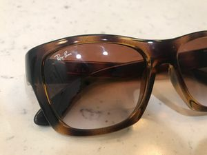 Ray Ban Sunglasses Brown for Sale in Lynwood, CA