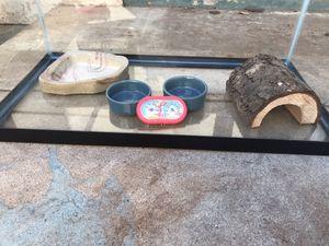 10 Gallon Tank / Terrarium & Reptile Accessories for Sale in Santee, CA