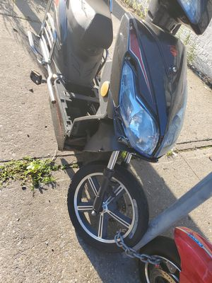 Electric moped or bike just for part for Sale in The Bronx, NY