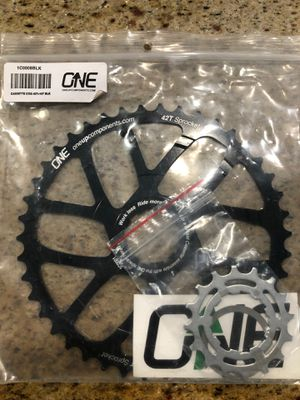 46 tooth and 16 tooth cassette chain ring for Sale in Scottsdale, AZ