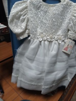 FLOWER GIRL ,BAPTISMAL DRESS, FIRST COMUNION for Sale in Anaheim, CA