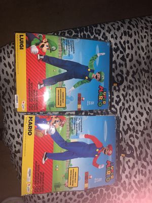 Luigi and mario costumes both size small for Sale in Bloomington, CA
