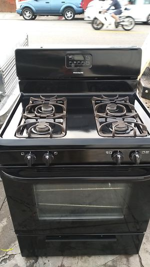 """Black Frigidaire """"30"""" inch stove delivered & installed with 30 days warranty for Sale in Los Angeles, CA"""