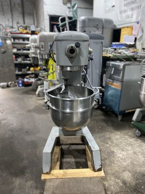 HOBART 30 QUART MIXER for Sale in Brooklyn, NY