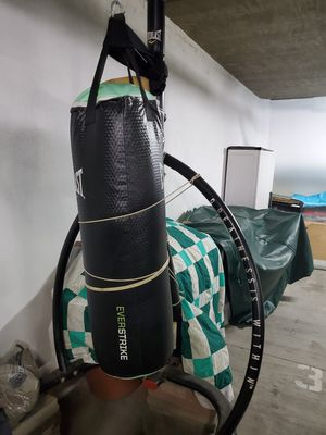 Punching bag with stand for Sale in Glendale, CA