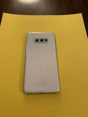 Samsung Galaxy S10e - white for Sale in Indianapolis, IN