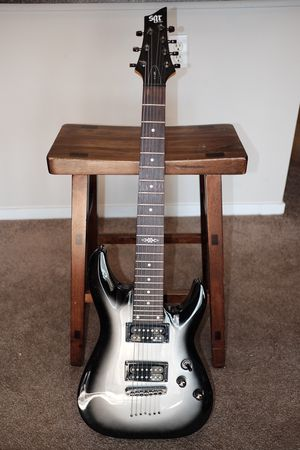 Schecter SGR 7 string guitar for Sale in Benicia, CA