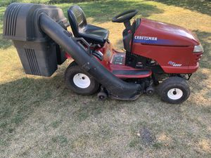 Craftsman DYT4000 Riding Mower for Sale in Schaumburg, IL