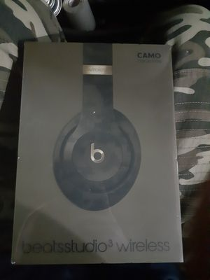 BEAT BY DRE WIRELESS 3 CAMO EDITION. BRAND NEW STILL SEALED for Sale in Denton, TX