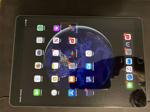 Apple iPad Pro 10.5 inch for Sale in Victoria, TX