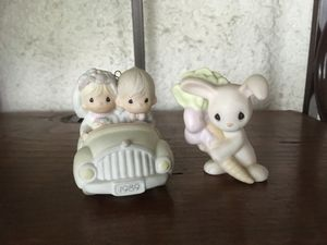 2 sm precious moments figures for Sale in Long Beach, CA