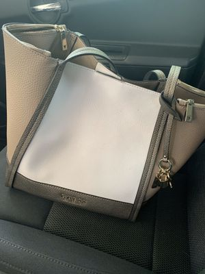 GUESS TOTE & WALLET for Sale in Denver, CO