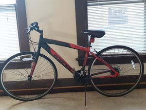 Hyper Spinfit 700C Mountain bike for Sale in Erie, PA