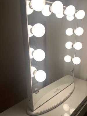 Impressions Vanity Hollywood Mirror for Sale in Alexandria, VA