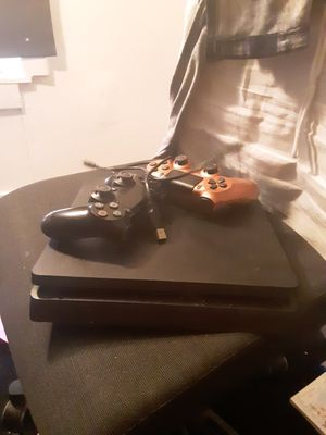 Ps4 slim 1tb for Sale in Dallas, TX